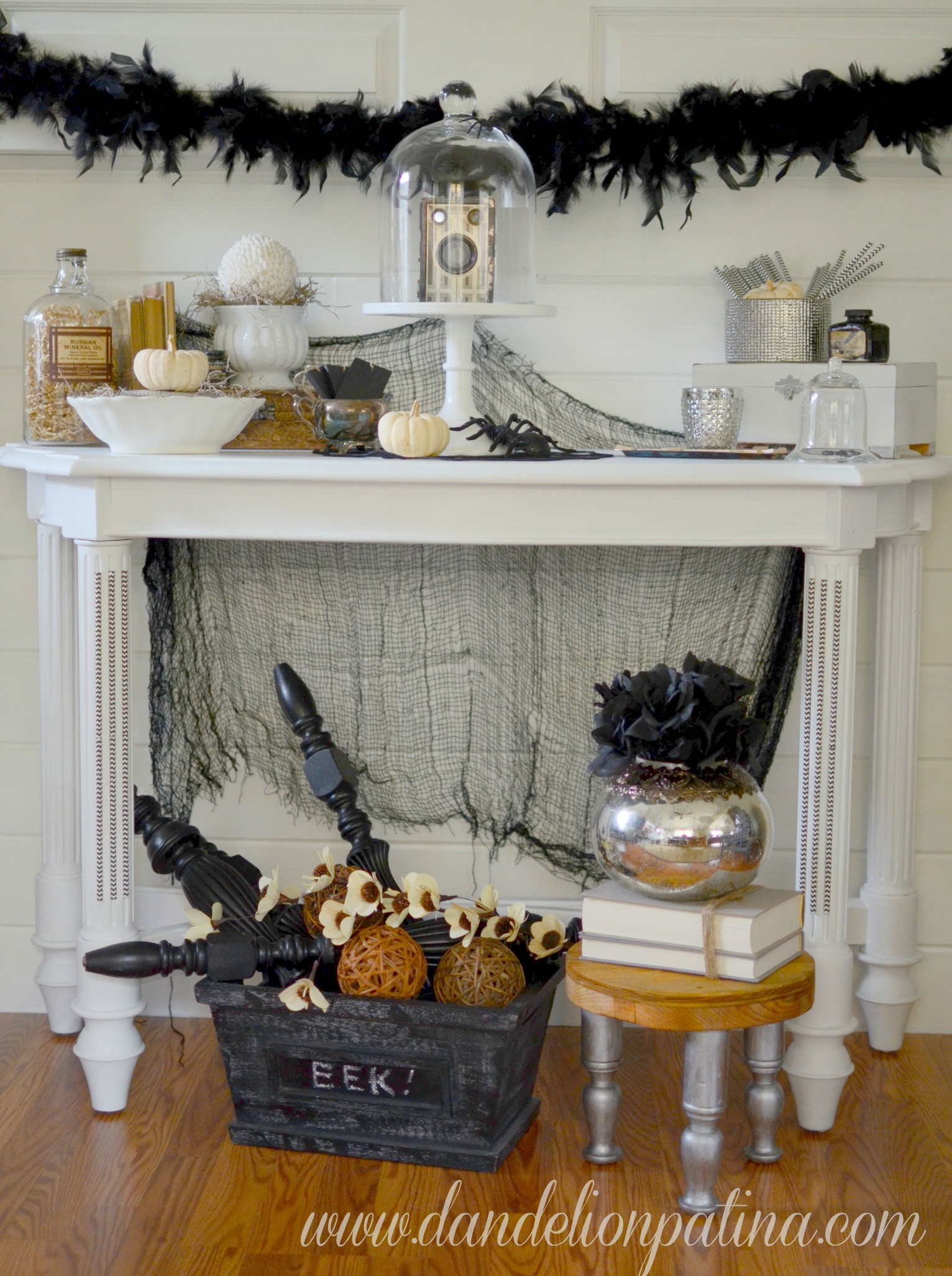 creep and crawl halloween mantel