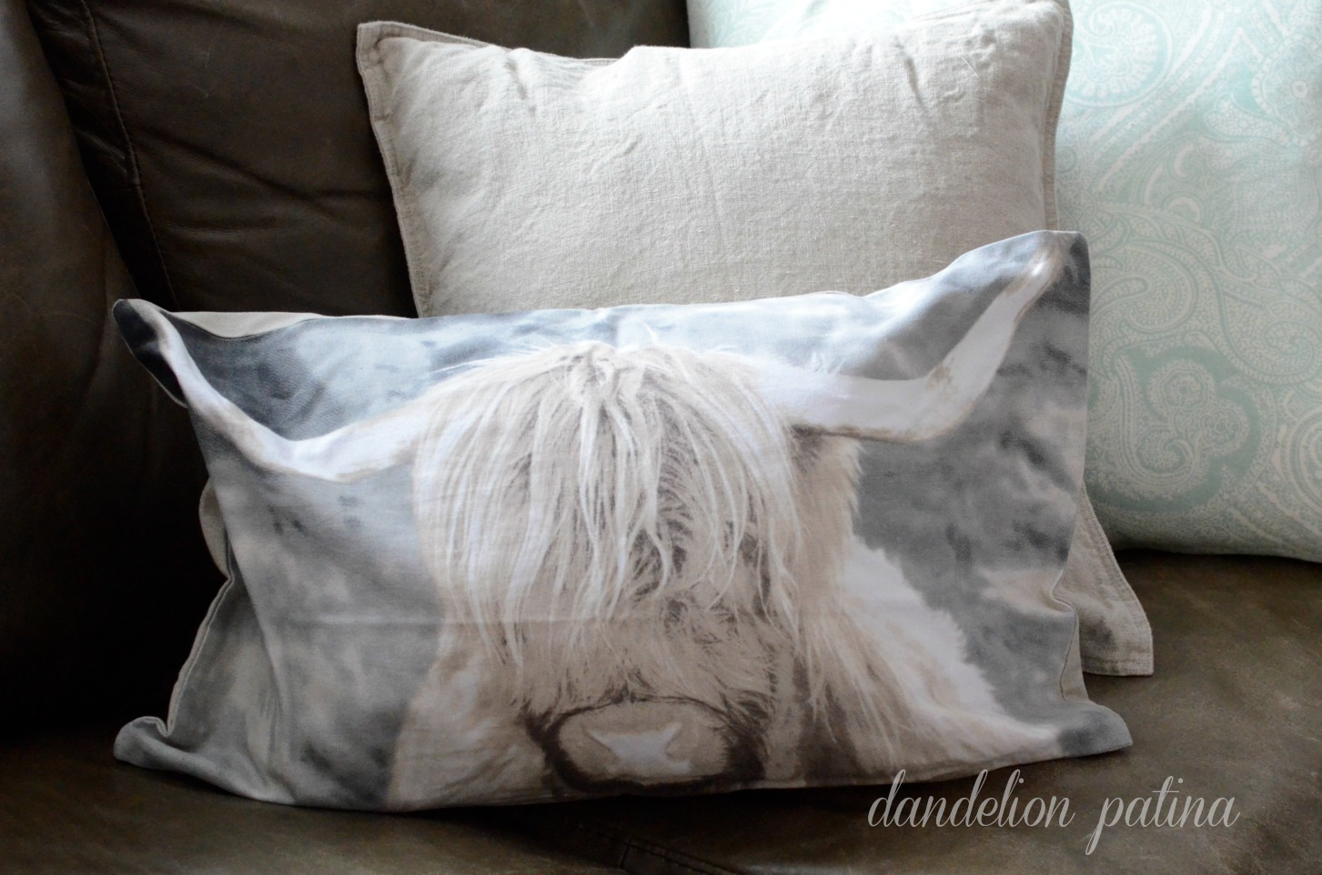 yak pillow cover
