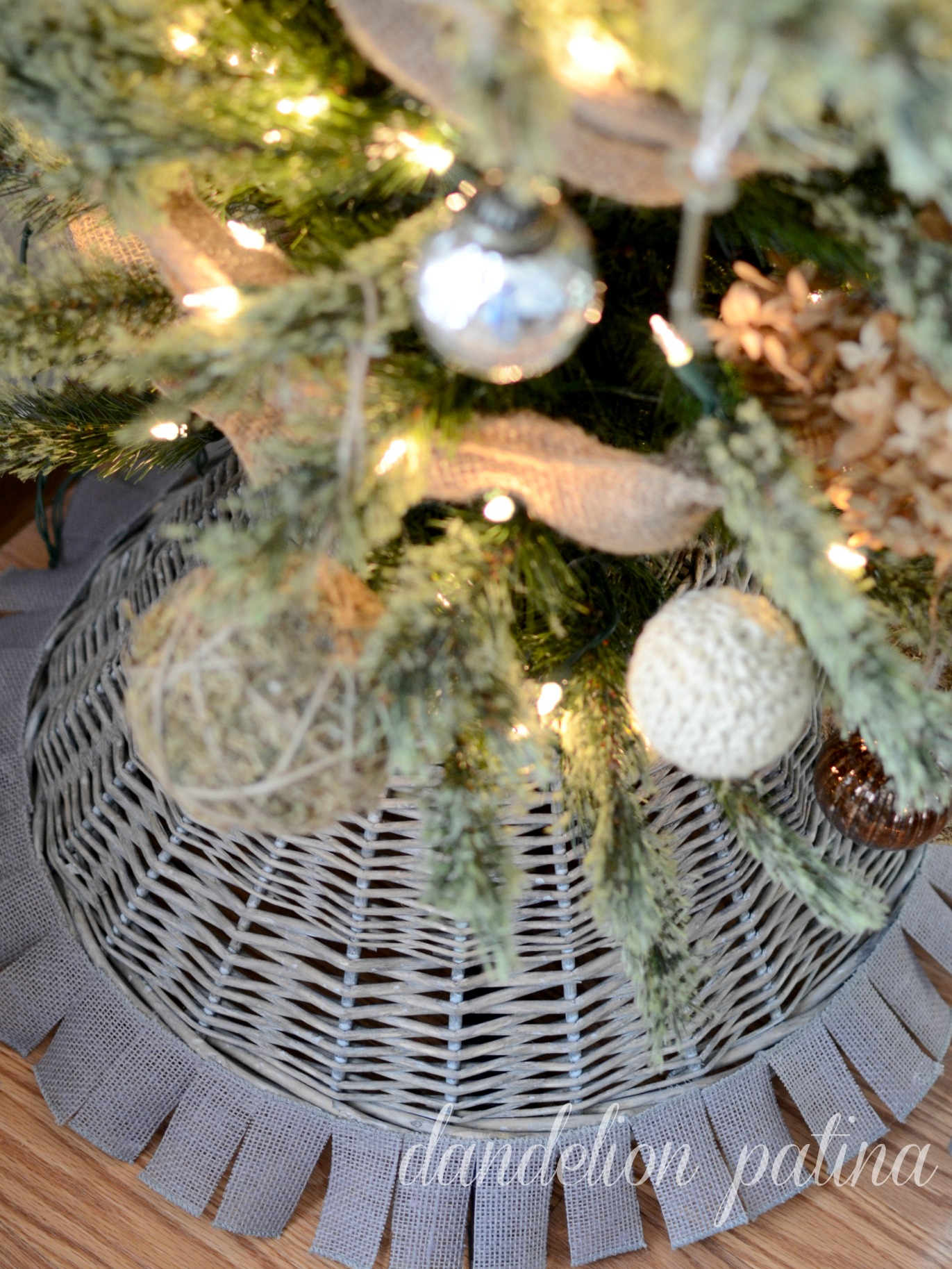 tree skirt basket