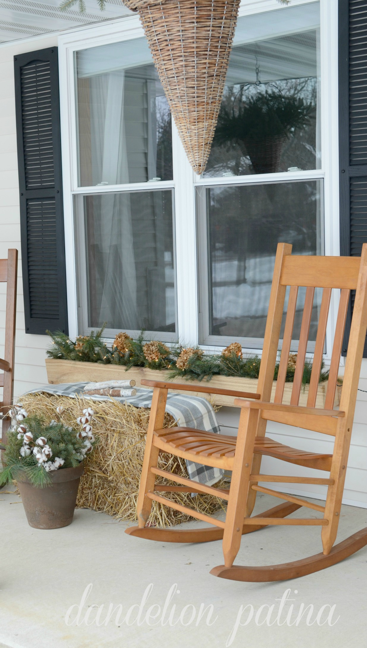 winter theme front porch