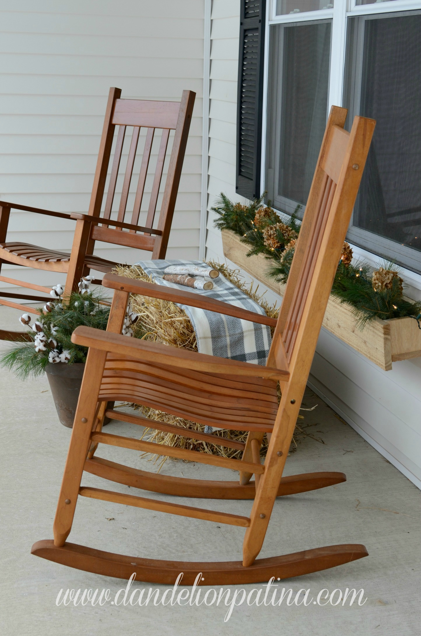 front porch winter decor