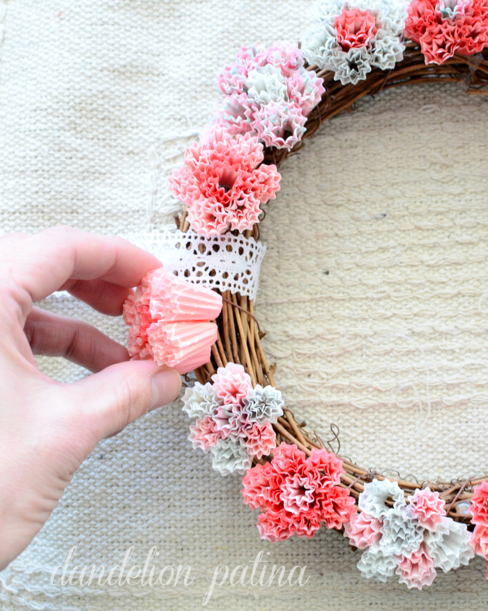 diy tutorial cupcake liner wreath