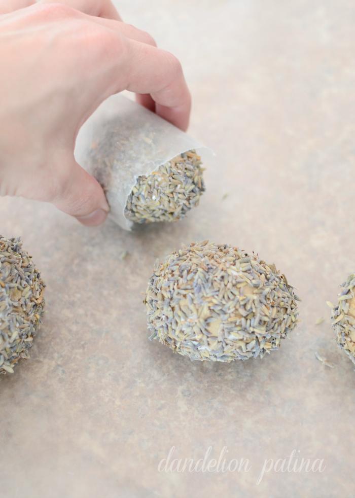 dried lavender eggs DIY