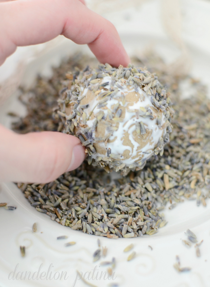dried lavender eggs DIY