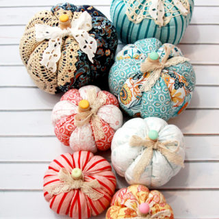 easy fabric and lace pumpkins