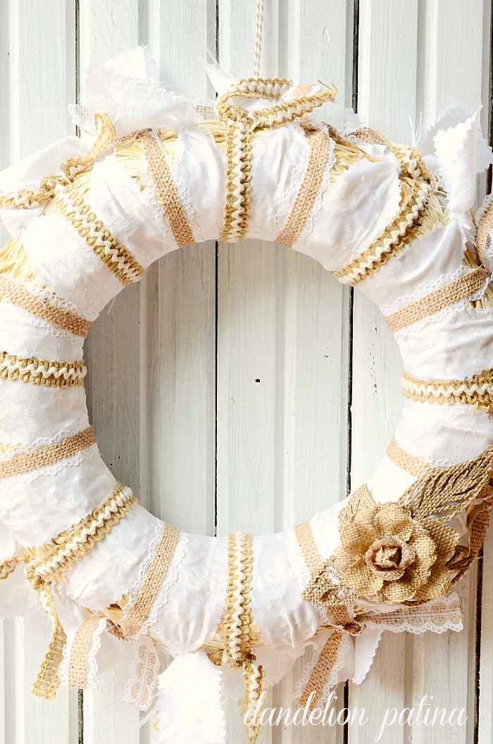 burlap and lace tablecloth wreath by dandelionpatina.com