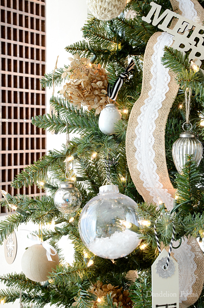 Happy Holidays Home Tour with Country Living Magazine featuring gorgeous farmhouse style Christmas tree via dandelionpatina.com