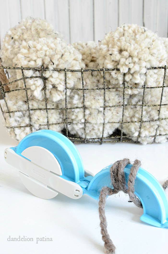 Best tutorial ever for making chunky pom poms! Whip these out in minutes via dandelionpatina.com #pompoms #farmhousestyle