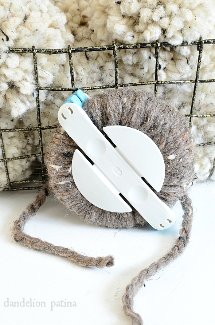 Creating chunky DIY pom poms has never been easier with this tool! If you love pom poms you need this! via dandelionpatina.com