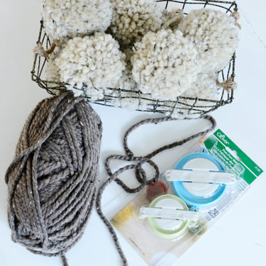 How to make chunk y pom poms with this amazing tool! You have to get this! via dandelionpatina.com #pompoms