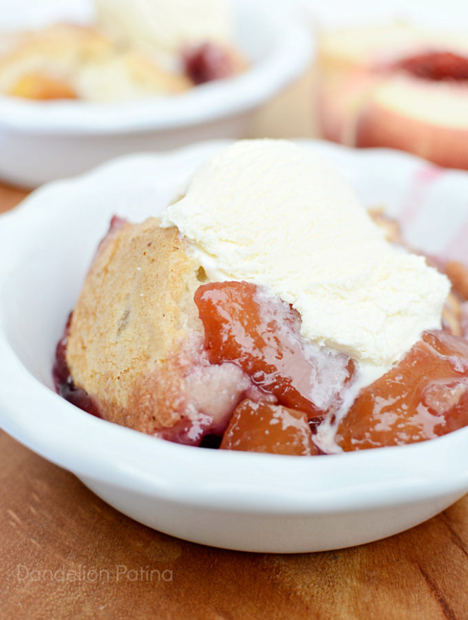 easy peach berry cobbler recipe