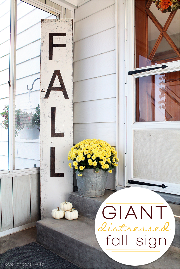 giant distressed fall sign farmhouse porch decor ideas