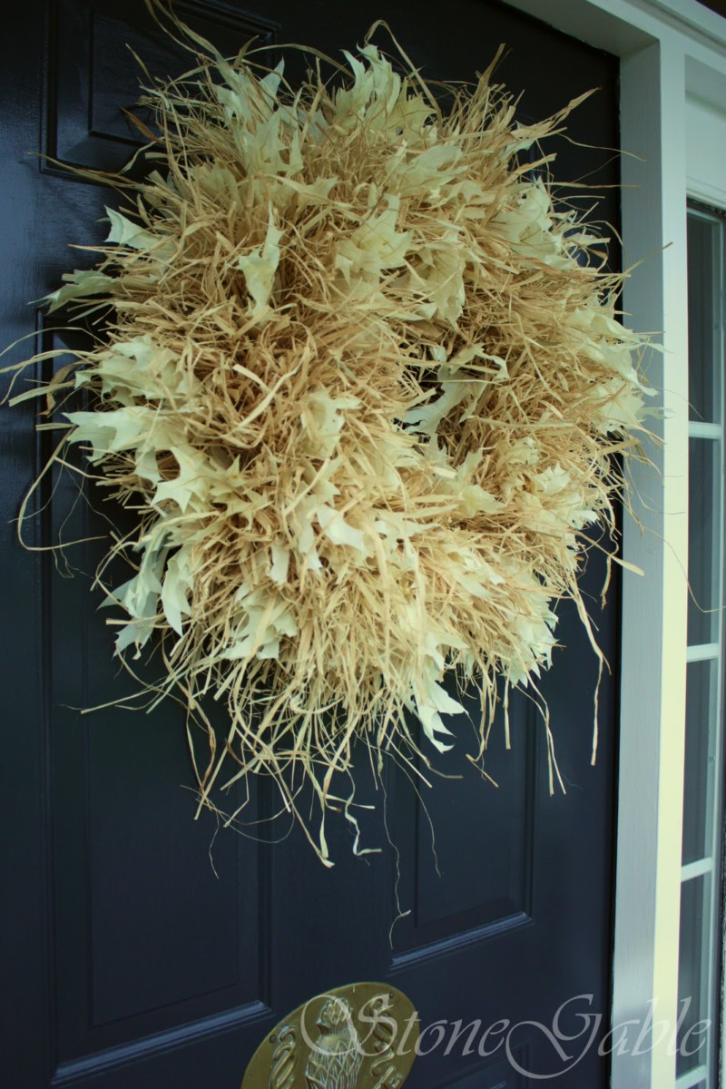 raffia wreath fall farmhouse porch decor ideas